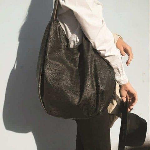 תיקי עור לנשים גרייס שחור כסוף מנוחש tesbags
